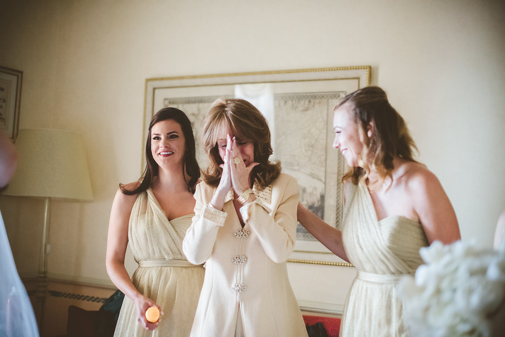 Grand Jour Mother Of The Bride Outfits And: Elegant White & Gold Destination Wedding With Reem Acra