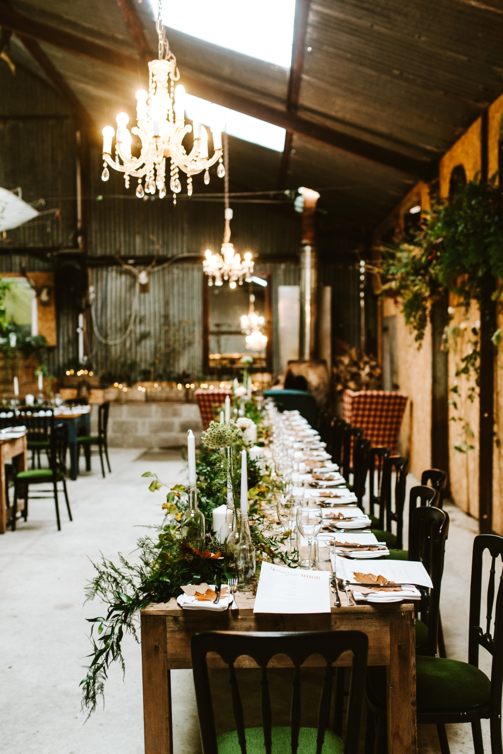 Botanical Barn Wedding In Scotland With Abundance Of ...