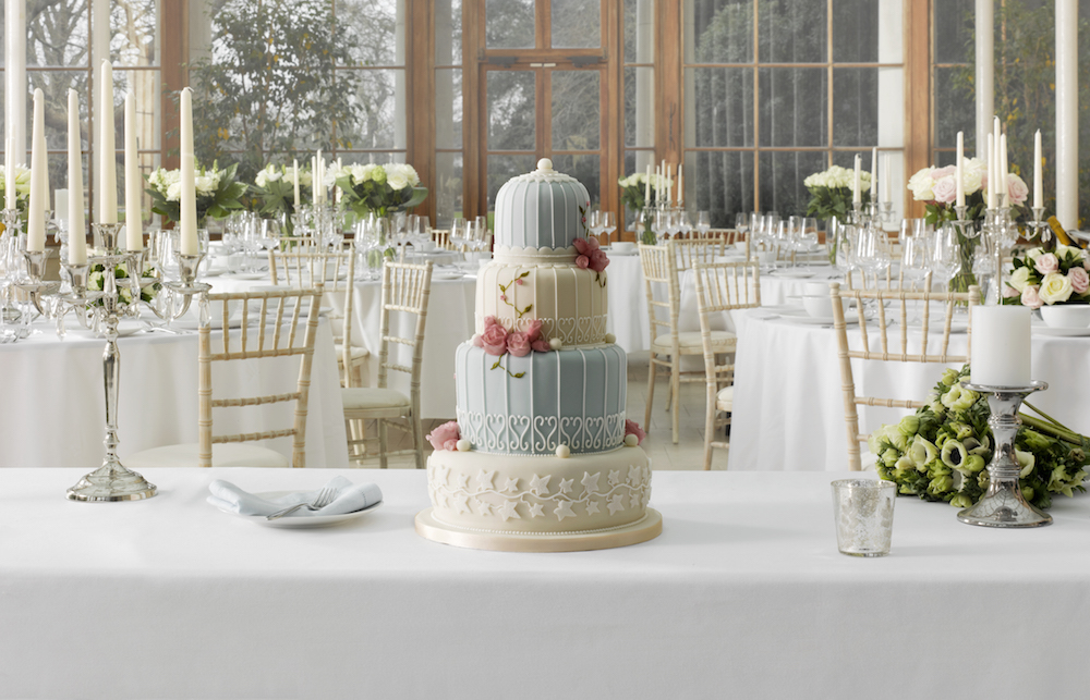 mark and spencer wedding cake create your cake with marks amp spencer 17155