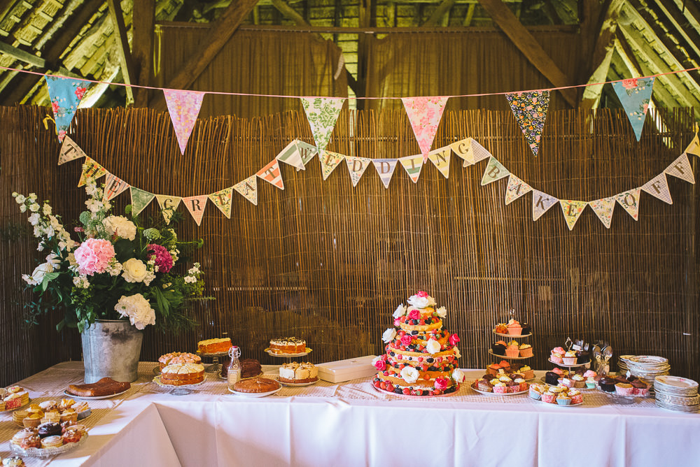 A Rustic Yet Glamorous Wedding At Littlebourne Barn In Kent