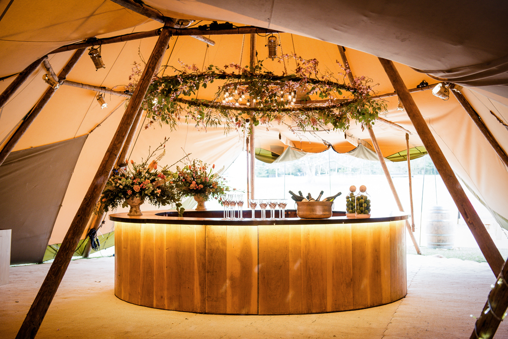 Wooden Circular Bar By u003ca ... & Wedding Bars With A Difference From RMWu0027s The List Best Mobile Bars