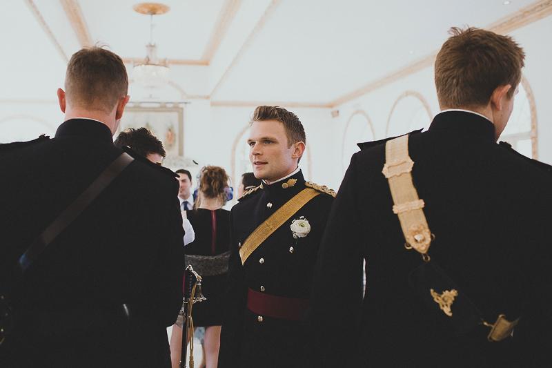 unique-northbrook-park-wedding-photography-louie-shep-1081