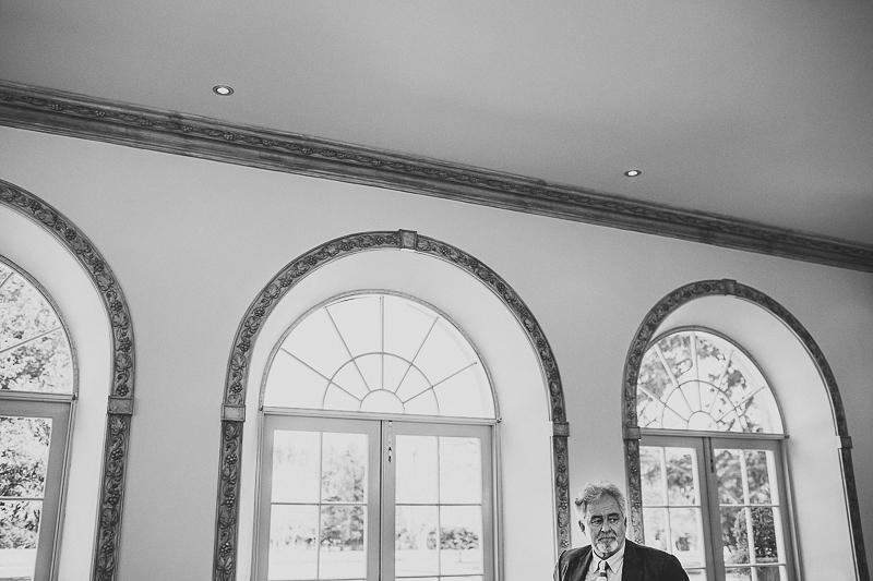 unique-northbrook-park-wedding-photography-louie-shep-1090