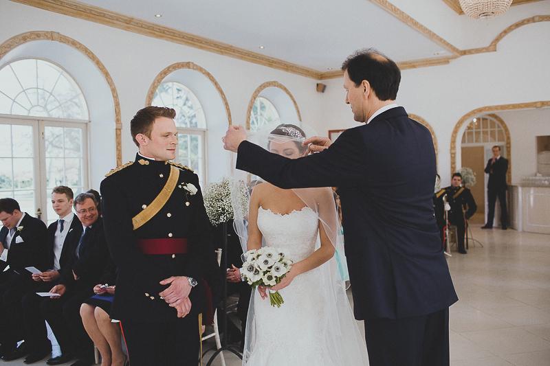 unique-northbrook-park-wedding-photography-louie-shep-1127