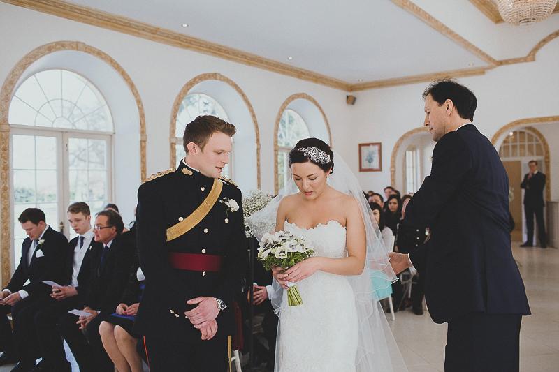 unique-northbrook-park-wedding-photography-louie-shep-1129
