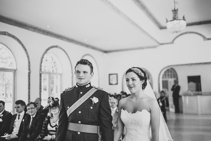 unique-northbrook-park-wedding-photography-louie-shep-1159