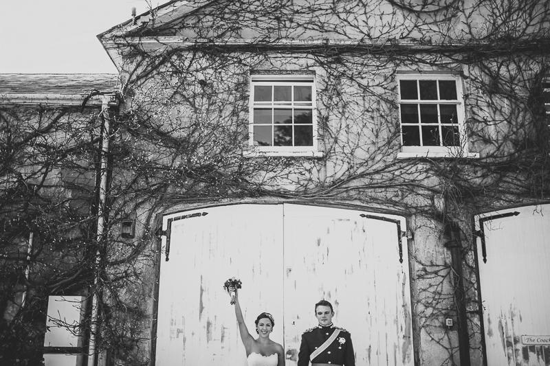 unique-northbrook-park-wedding-photography-louie-shep-1292-2