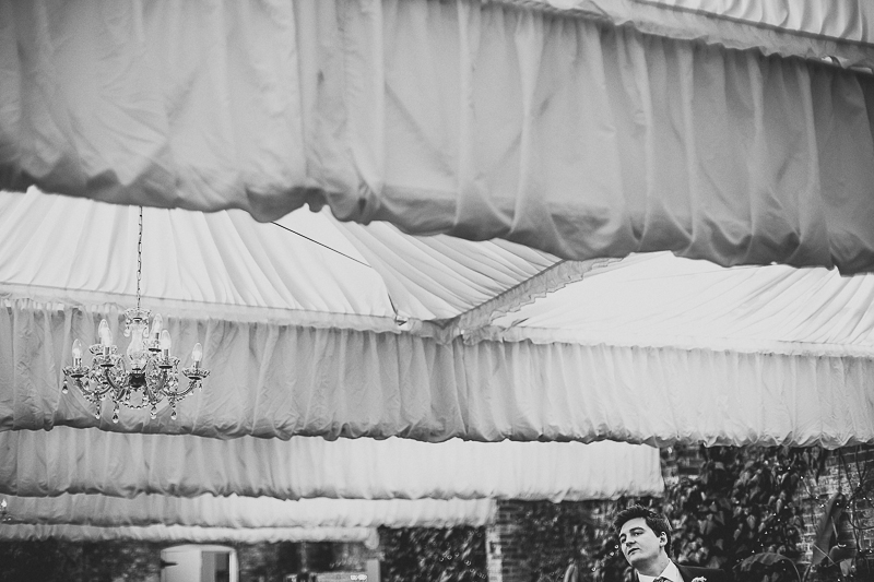 unique-northbrook-park-wedding-photography-louie-shep-1352