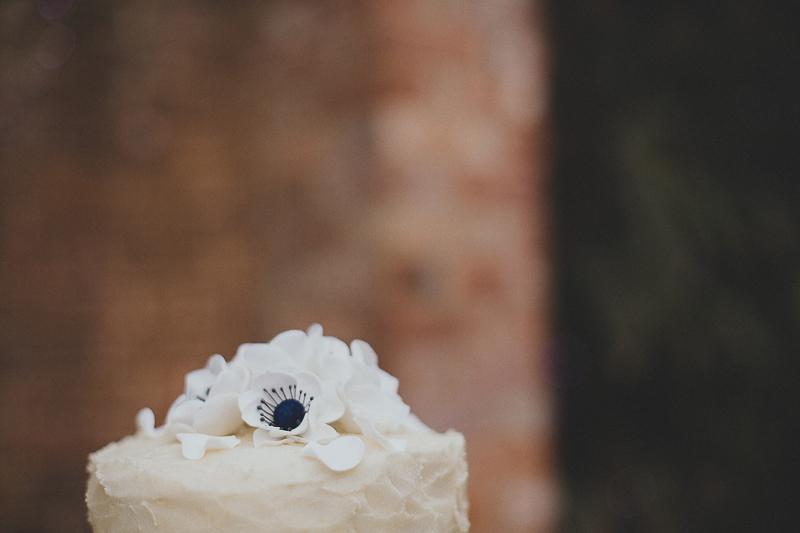 unique-northbrook-park-wedding-photography-louie-shep-1362