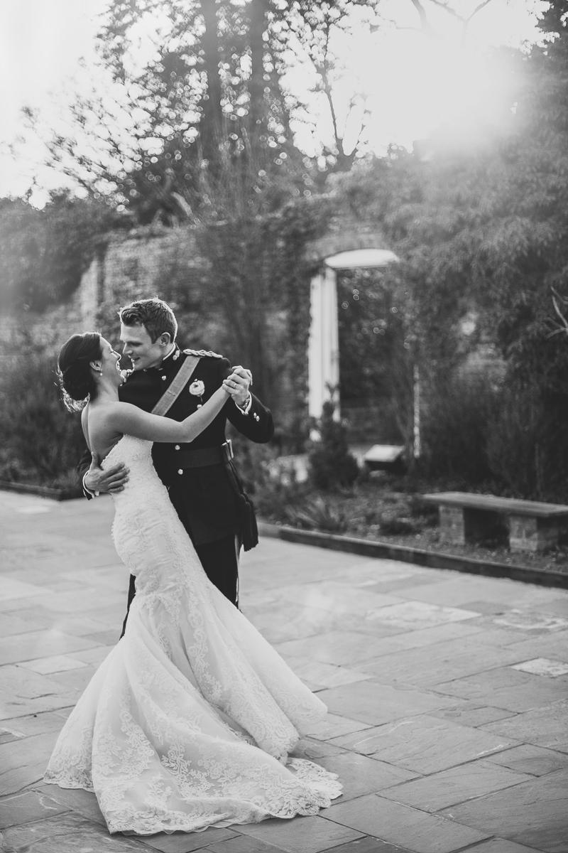 unique-northbrook-park-wedding-photography-louie-shep-1394