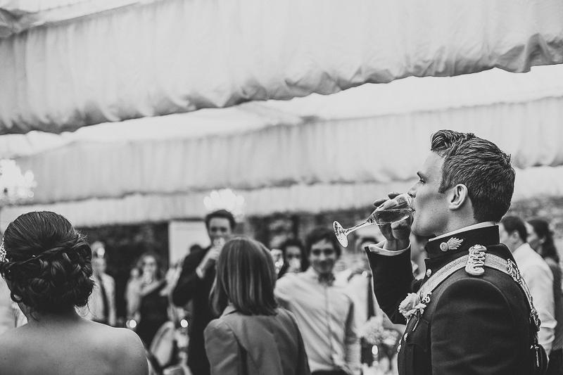 unique-northbrook-park-wedding-photography-louie-shep-1418