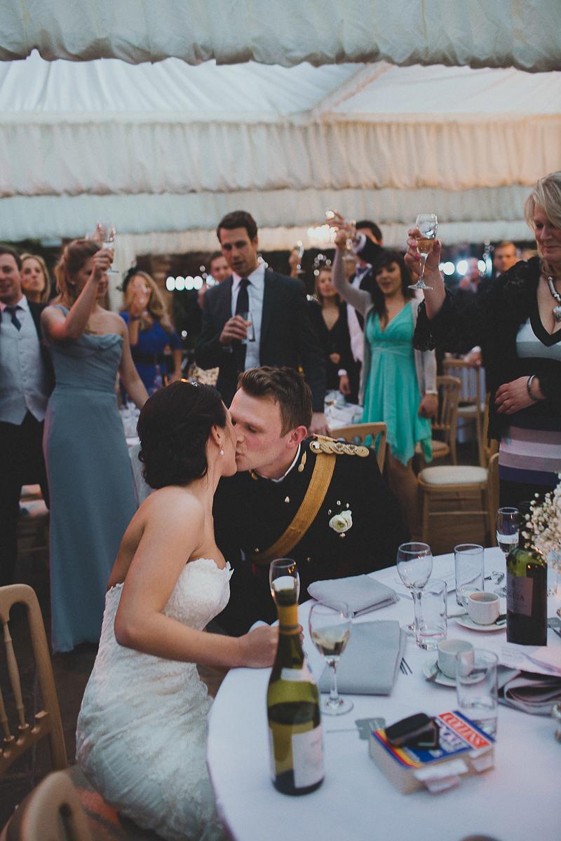 unique-northbrook-park-wedding-photography-louie-shep-1441
