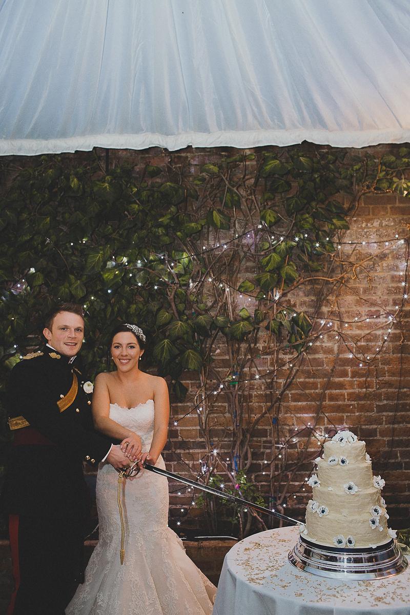 unique-northbrook-park-wedding-photography-louie-shep-1449