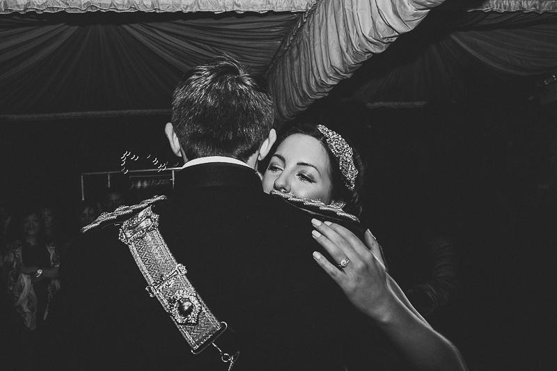 unique-northbrook-park-wedding-photography-louie-shep-1457