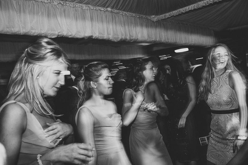 unique-northbrook-park-wedding-photography-louie-shep-1477