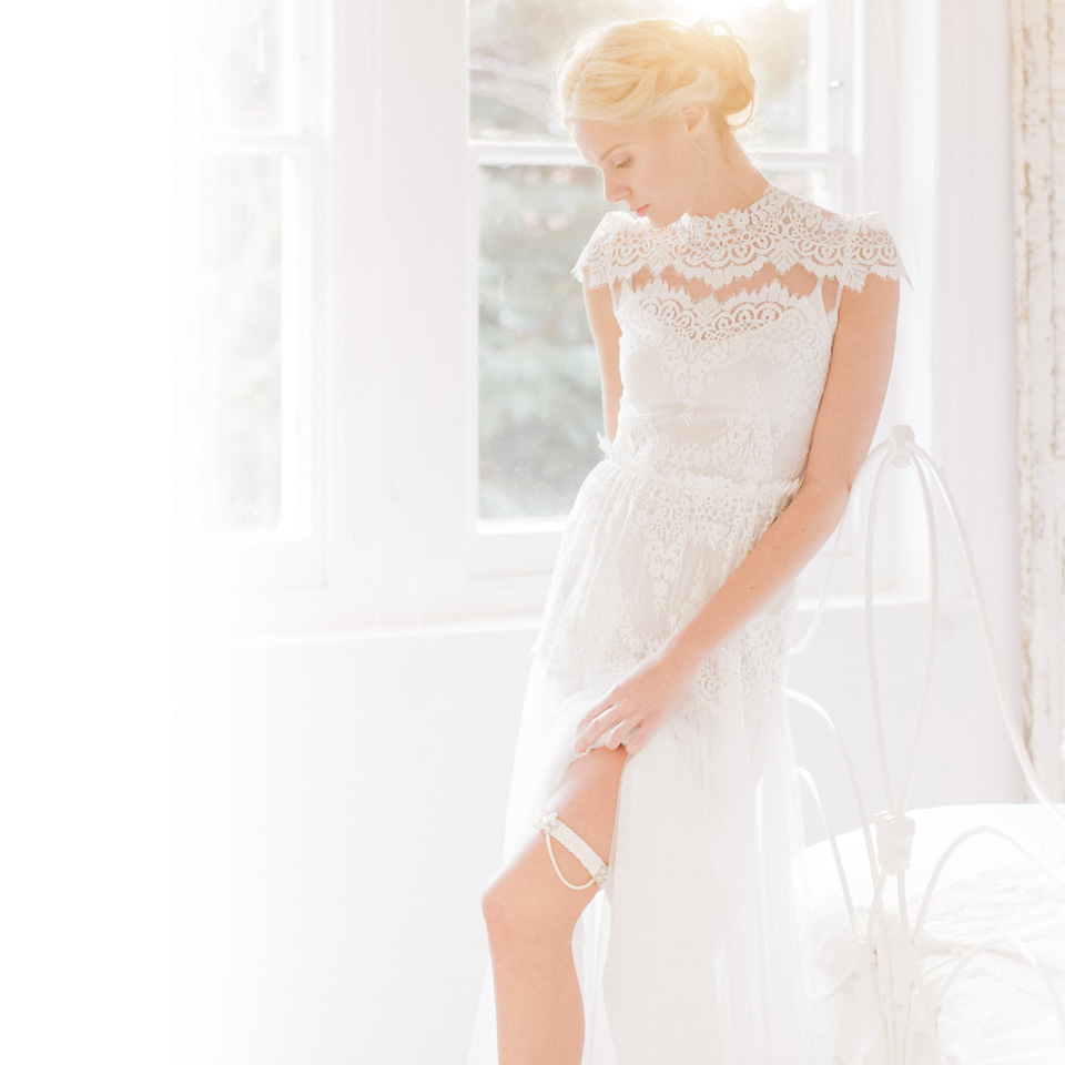 Wedding Garter Pictures: The Wedding Garter Co Launches US Site