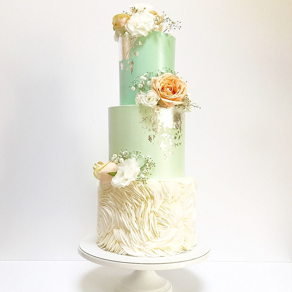 Wedding Cakes: Iced Wedding Cakes From Top UK Wedding Cake Makers RMW The