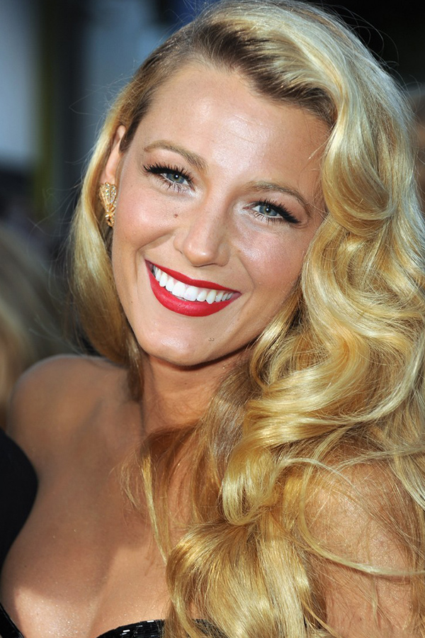 blake lively wavy hair - photo #33