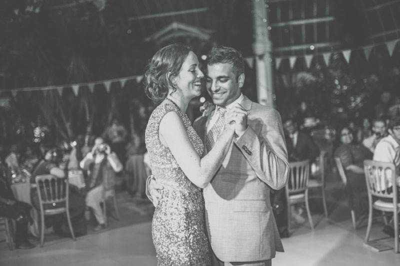 An Exotic Indian and English Fusion Wedding At Sefton Park Palm House In Liverpool With A Beautiful Vintage Lagonda And A Pink Handpicked Bouquet By Wookie Photography._0009