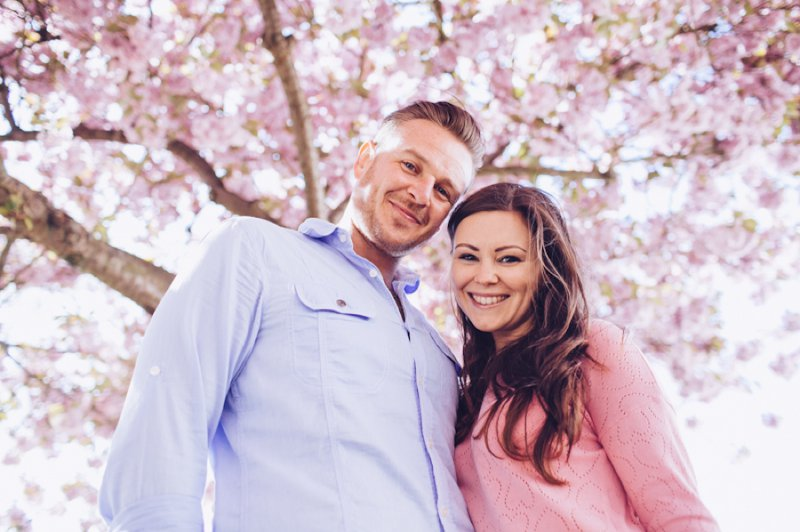 A Pretty Spring Engagement Shoot Under The Cherry Blossom Trees In Rochester Kent With Images By Lemonade Pictures 2