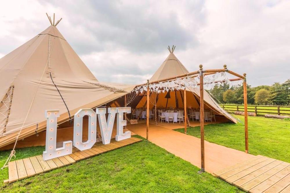 Plan Your Wedding Me My Big: Big Chief Tipis