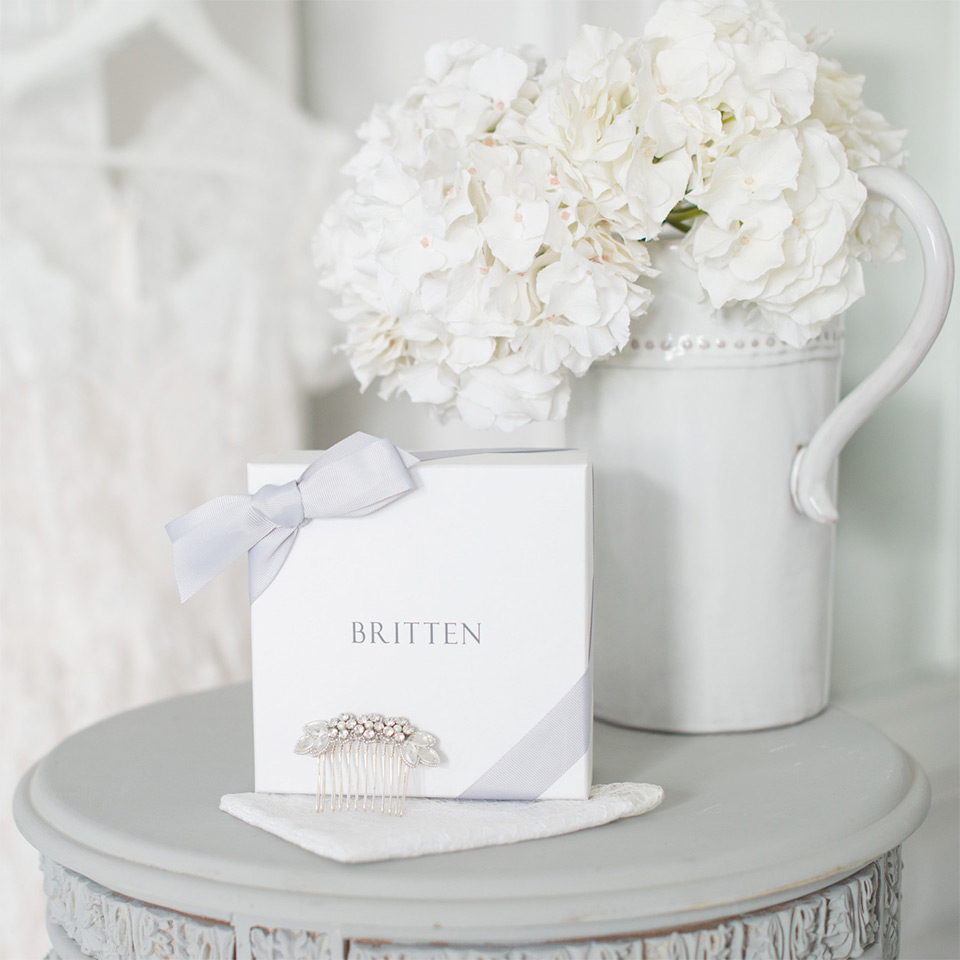 Britten-packaging-Livia-wedding-hair-comb