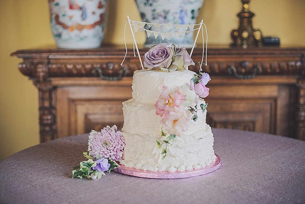 An ian stuart jakarta bridal gown for a vintage inspired wedding an ian stuart jakarta bridal gown for a vintage inspired wedding at huntsham court by oc photography junglespirit Image collections