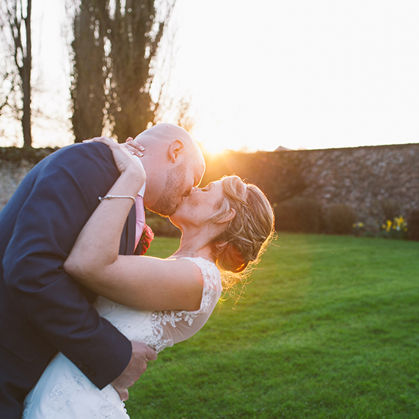 http://www.thelovelustlist.co.uk/Clare-Tam-Im-Photography/