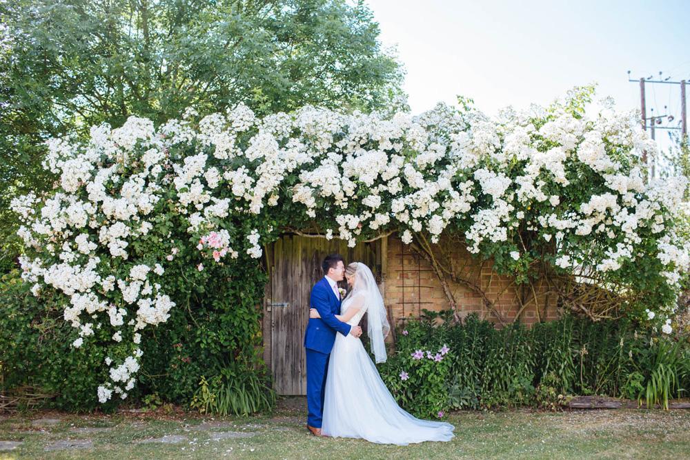 Rock My Wedding Groom Gift : Moreves Barn Wedding Bride Wears Maggie Sottero Carmen Groom Wears ...
