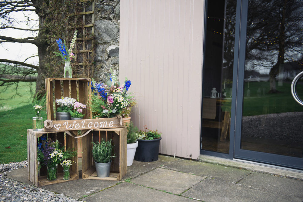scottish wedding at dalduff ayreshire with bride in ellis. Black Bedroom Furniture Sets. Home Design Ideas