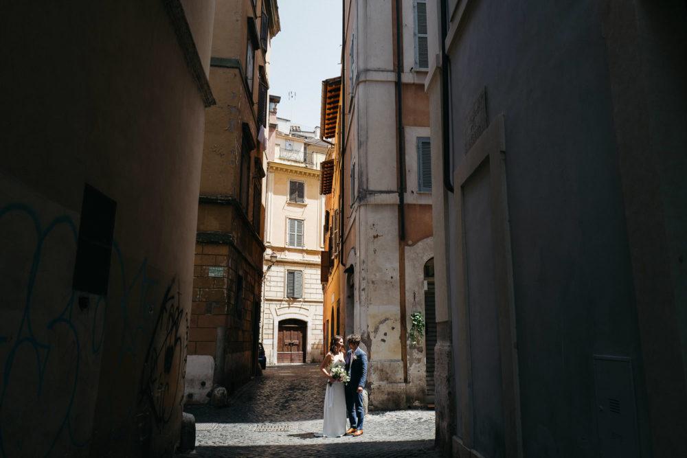 Outdoor wedding reception rome romantic blush pink white - Diy fa r oma ...