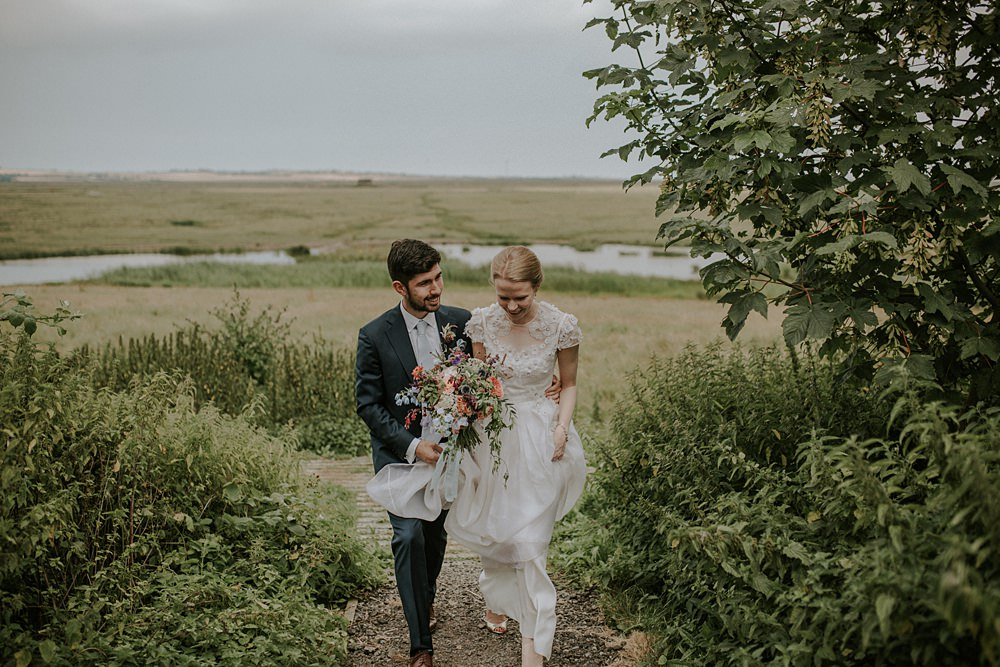 Lucy & Jon by Lola Rose Photography