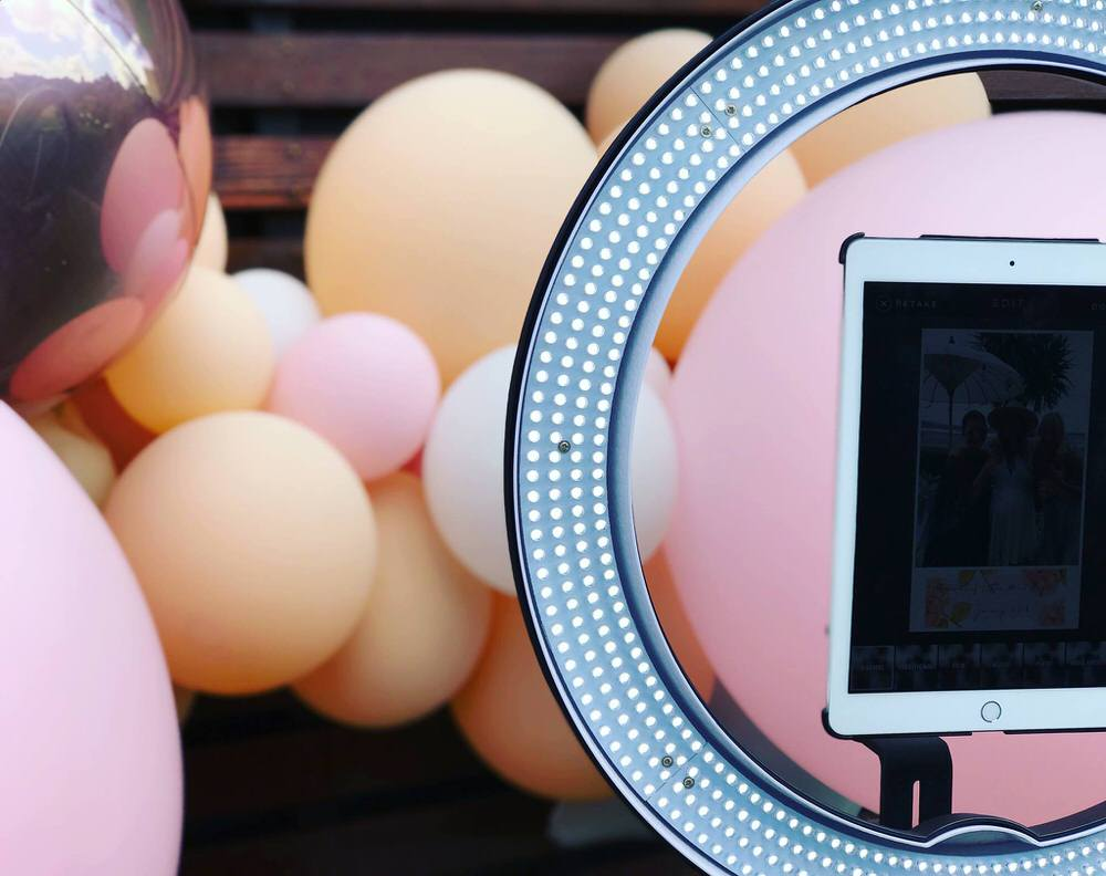 Selfie Photobooth Station for Wedding - wedding details