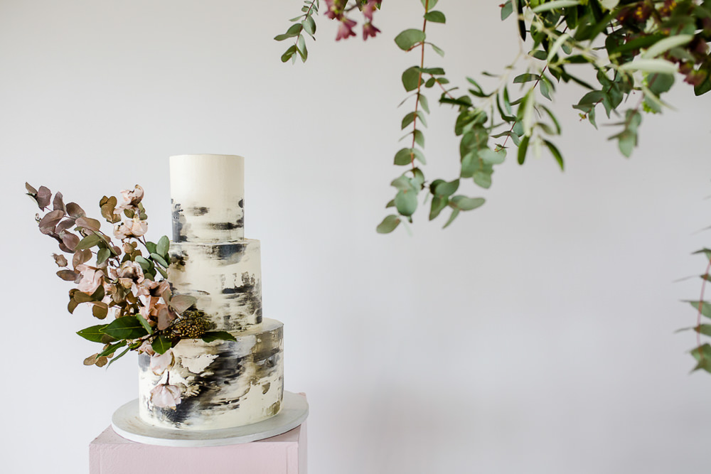 Wedding Cakes Near Me - Find The Perfect Cake - Rock My Wedding