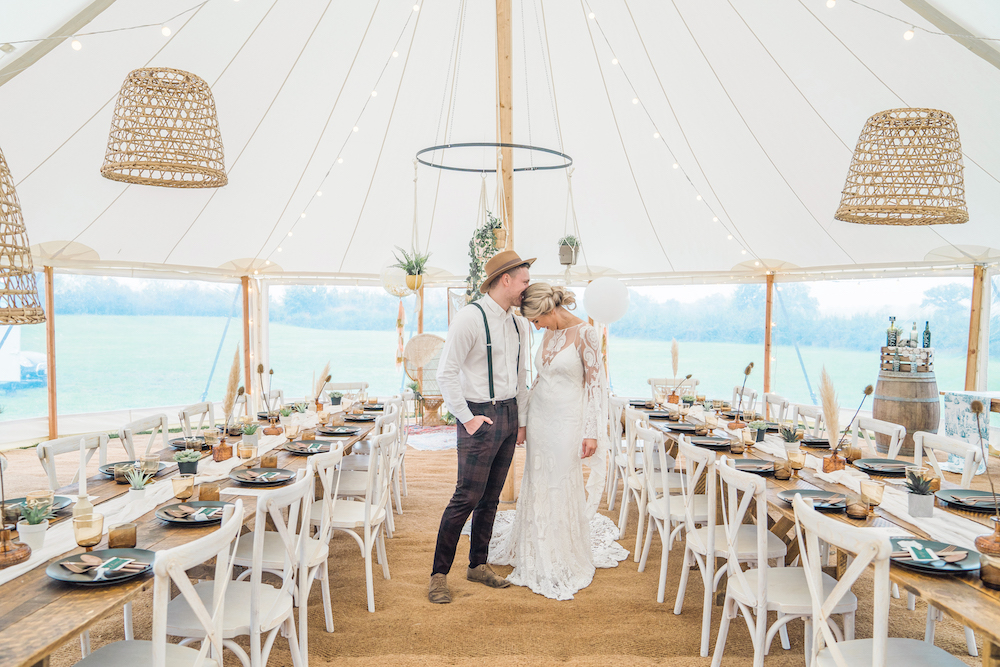 Boho Wedding in Tipi
