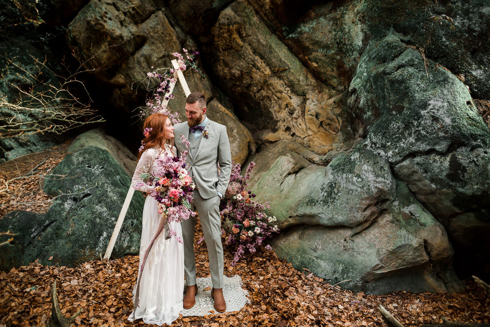Pink Wedding Flowers for a Nature-Inspired Elopement on the Rocks at Dörenther Klippen, Germany with Teal & Violet Colour Scheme by Julia Schick Fotografie