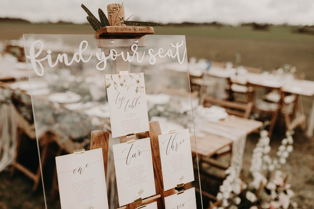 Acrylic The Transparent Wedding Trend You Need At Your Celebration