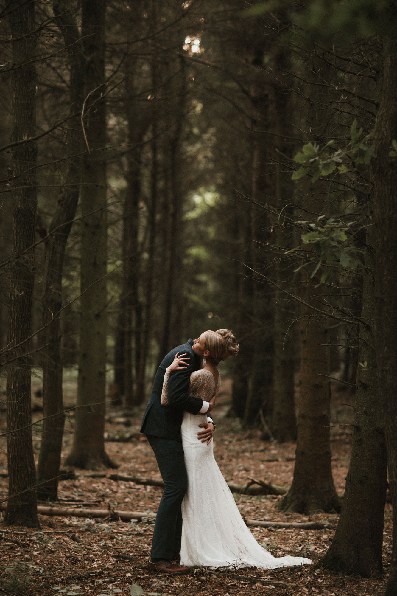 beautiful diy village hall wedding lilley bride in anna