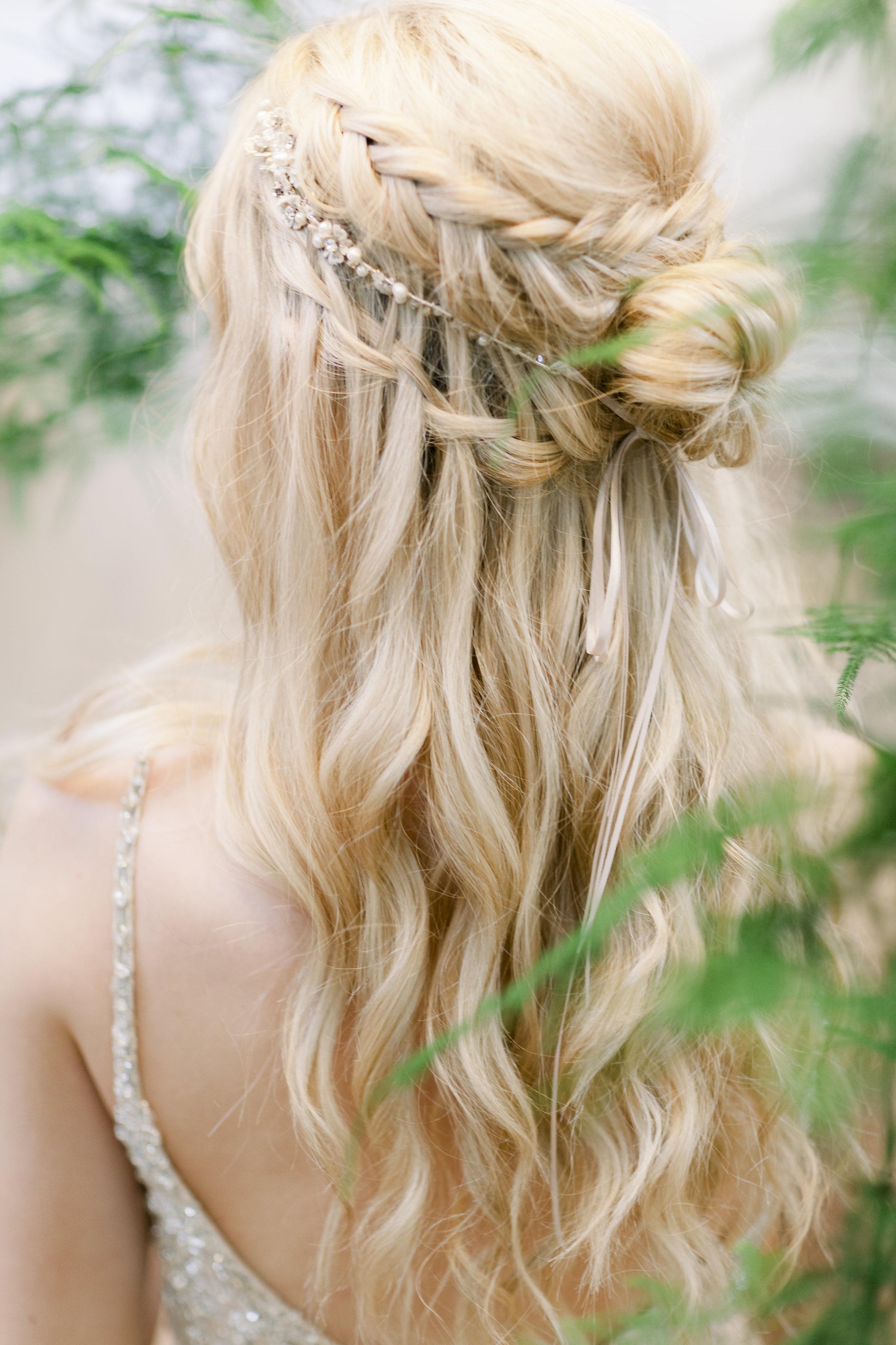Beautiful Bridal Half Up Half Down Wedding Hair Inspiration