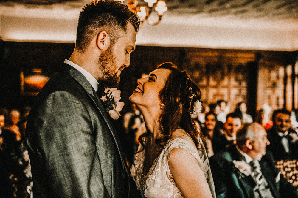 Pre raphaelite mood wedding at hever castle in kent with