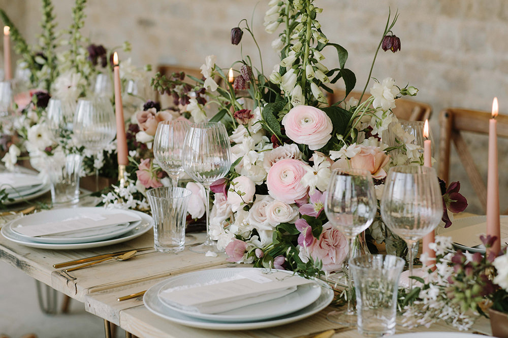 Floral Trends Diy Wedding Ideas Flower Tips: Holywell Hall Exclusive Weekend Wedding Venue Lincolnshire