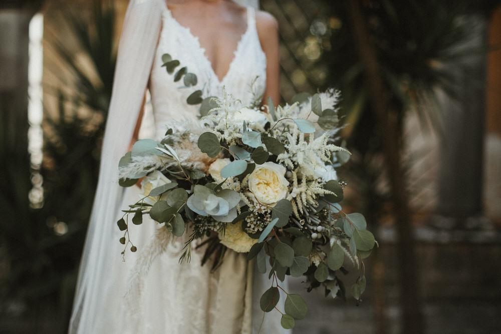 Свадебные букеты италия, обычные цветы для