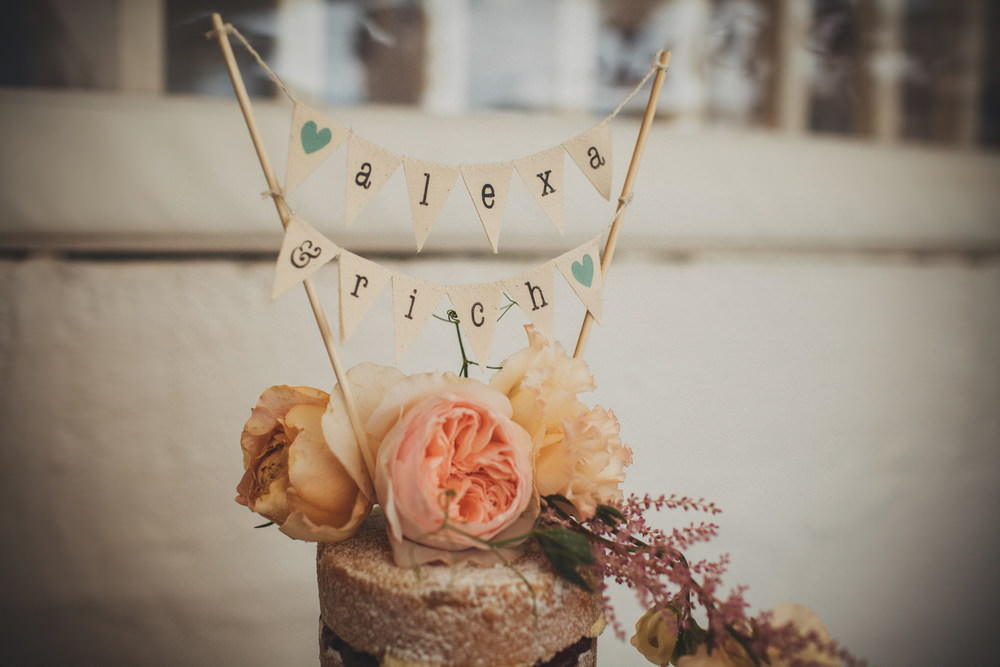 Wedding Cake Toppers 11 Unique Ideas Rock My Wedding Blog