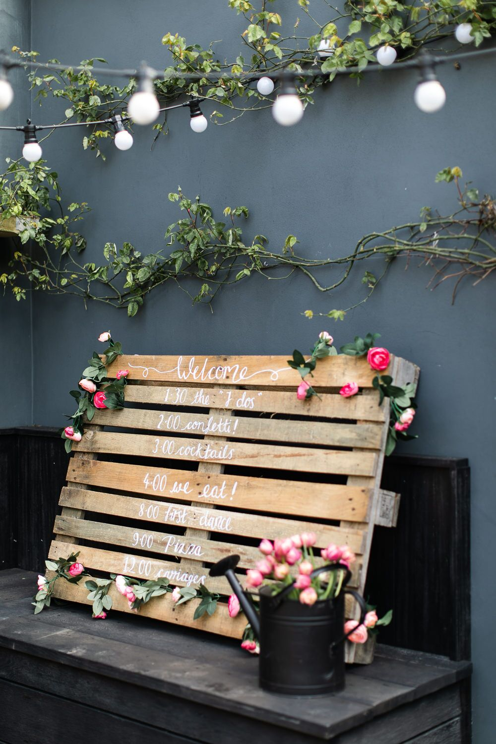 Pallet Wedding Sign {Make Your Own for Under £10}